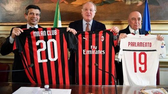 Milan, Scaroni: ''Lo scudetto? Meglio stare in Champions''