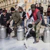 Protesta del latte, i pastori sardi rigettano l'offerta di aumento di 10 cent del governo