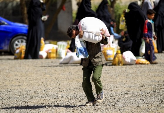 Save The Children: 1 bambino su 5 vive in zona di guerra, bombe italiane sullo Yemen