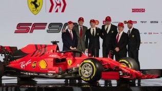 Svelata la Sf90, la nuova Ferrari di Vettel e Leclerc. Maranello lancia la sfida a Mercedes