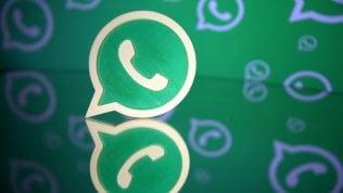 """WhatsApp ci """"salva"""" dai gruppi: chiederà il nostro consenso"""