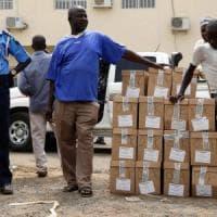 Nigeria, schede elettorali non consegnate: il voto per le presidenziali slitta di una...