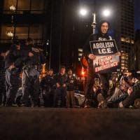 """Muro con il Messico, i manifestanti contro Trump: """"Vergogna"""""""