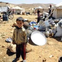 Siria, centinaia di migliaia di arabi cacciati dalle zone sotto il controllo dei curdi