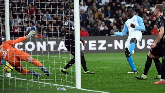 Francia, Balotelli trascina il Marsiglia: 2-0 all'Amiens