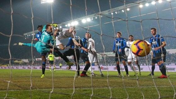 Atalanta-Milan 1-3: doppio Piatek più Calhanoglu, i rossoneri consolidano il quarto posto