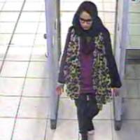 La jihadista inglese diventa mamma, prime crepe nel muro della condanna