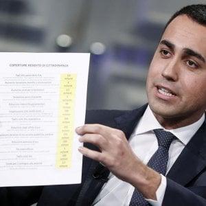 """Reddito di cittadinanza, """"Non garantisce un trattamento uguale a italiani e stranieri"""" e viola la Costituzione"""