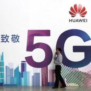 """Collaborare con Huawei è possibile: per l'Intelligence britannica i pericoli del G5 sono """"gestibili"""""""