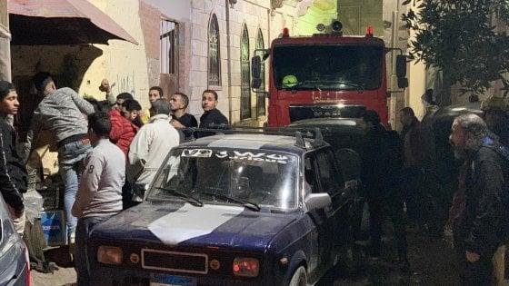 Egitto, attentatore braccato dalla polizia si fa saltare in aria al Cairo: 3 agenti morti e altri 2 feriti