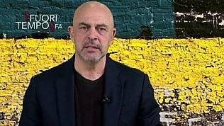 """Crozza: """"Processano Salvini su Rousseau e arrestano i Renzi"""""""
