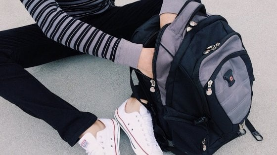 Giovani adolescenti sesso partito