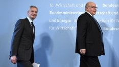 """Francia e Germania unite: """"Servono nuove regole in Europa"""""""