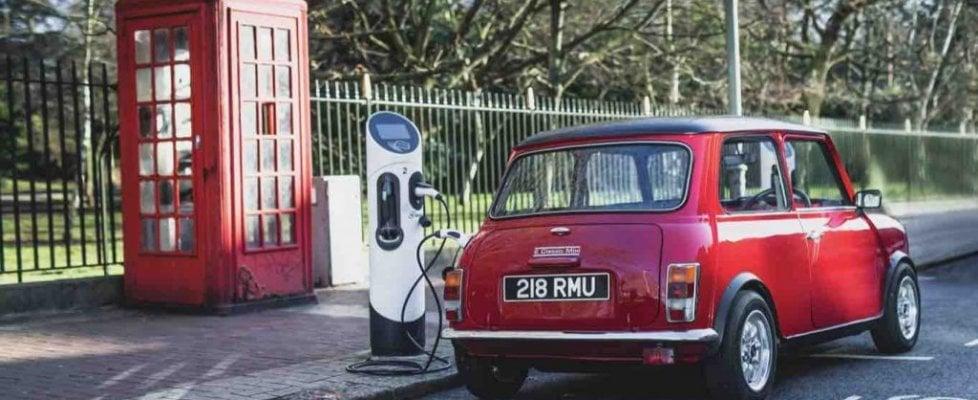 Imbattibile Mini classica, in Inghilterra è anche elettrica