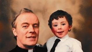 """L'appello di Vincent Doyle, figlio di un sacerdote: """"La Chiesa non abbia paura di noi"""""""