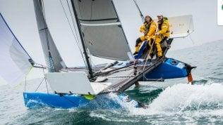 Due velisti italiani hanno battuto l'Oceano Atlantico su un catamarano di sei metri