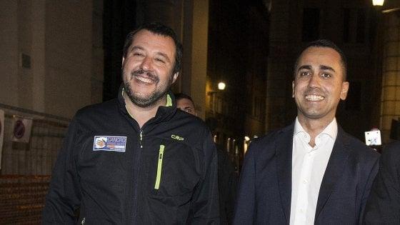 """Europarlamento, M5s: """"Nessun gruppo con la Lega"""". Salvini: """"Al voto con i nostri alleati"""""""
