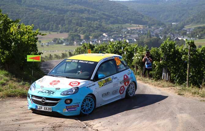 Opel a tutto rally con Adam e la nuova Corsa