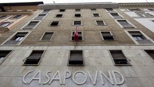 Occupazioni a Roma, il Mef risponde a Raggi e salva Casapound: