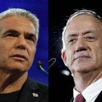 Elezioni in Israele, i due sfidanti di Netanyahu annunciano un'alleanza elettorale