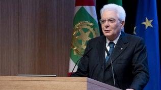 """Mattarella: """"All'Italia serve studio non improvvisazione"""""""