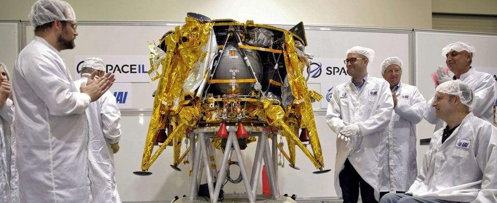 Israele irrompe nella corsa per la Luna, con una missione di privati