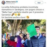 Salvini e la gogna social contro i ragazzini che lo contestano