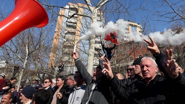 Resa dei conti in Albania, una guerra di potere dietro la piazza anti Rama