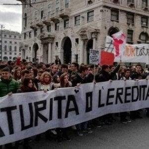 Scuola, in tutta Italia studenti in piazza contro la nuova maturità