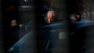 Roberto Formigoni è in carcere a Bollate: lex governatore si è costituito dopo la conferma della condanna