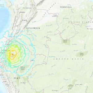 """Ecuador, terremoto di magnitudo 7.5. Il presidente: """"Per ora nessuna segnalazione di danni gravi"""""""