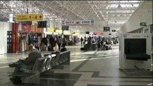 Addis Abeba, cittadino del Niger in trappola nell'aeroporto: espulso da Israele,l'Etiopia non lo vuole e neanche il Niger
