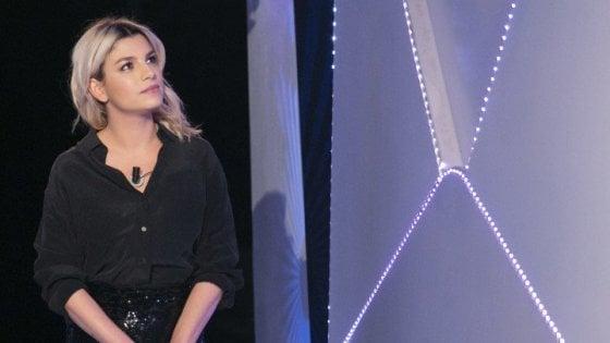 Stasera in tv e le novità al cinema: a 'C'è posta per te' ospite Emma Marrone