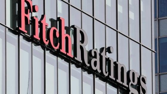 Fitch conferma il rating BBB per l'Italia, outlook negativo. Ma temiano elezioni anticipate
