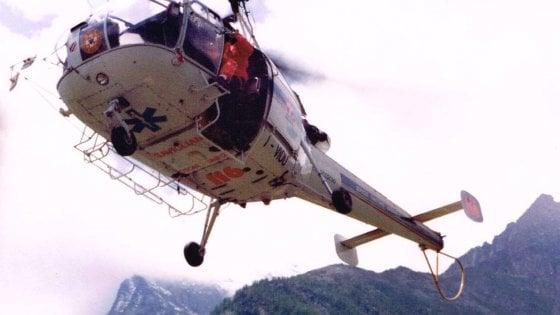 Due morti in montagna in Friuli: i soccorritori recuperano un corpo e trovano una seconda vittima