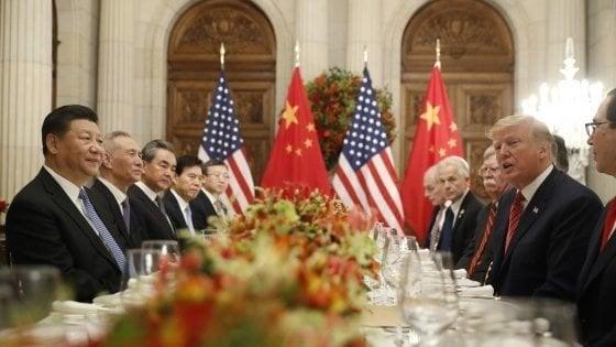 """Trump rinvia i dazi, verso l'intesa con la Cina: """"Progressi sostanziali"""""""