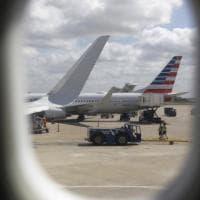Spiati anche sugli aerei? Quelle telecamere sugli schienali aprono il dibattito