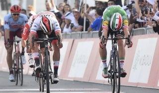 Ciclismo, UAE Tour: sprint vincente di Gaviria, battuto Viviani