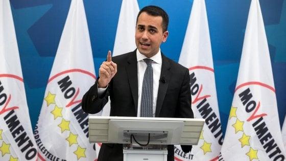 """M5s, la svolta di Di Maio: """"Via tetto dei due mandati per consiglieri comunali e dialogo con liste civiche"""""""
