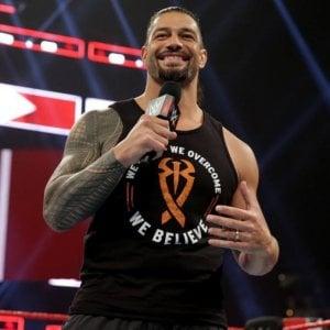 """Wrestling, il grande ritorno di Reigns: """"Sto battendo la leucemia"""""""