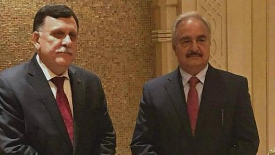 Libia, incontro Serraj-Haftar su Costituzione e nuove elezioni