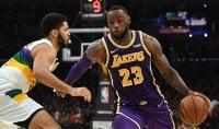 LeBron rialza i Lakers, Wade stende i Warriors