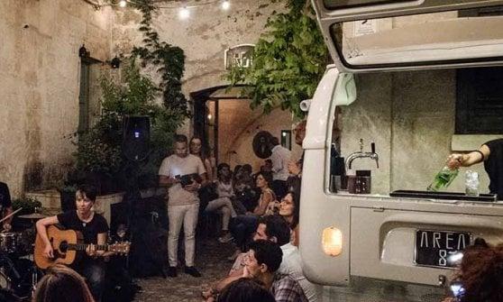 Non solo trattorie: tra aperitivi con vista, long drink e jazz, ecco la Matera dei giovani