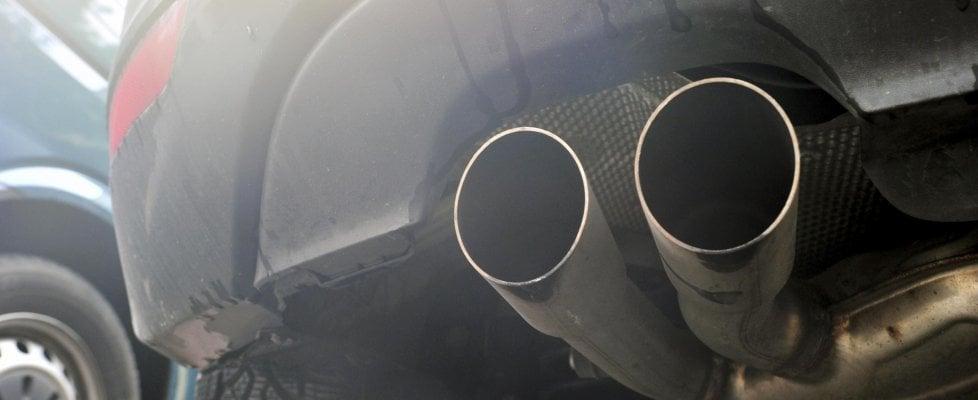Auto, al via ecotassa 2019 per modelli inquinanti: ecco la guida