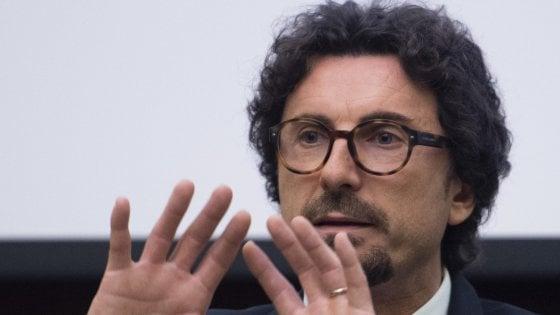 """Torino-Lione, Conte smentisce apertura a mini-Tav. Pd, mozione di sfiducia contro Toninelli. Grillo: """"La Tav è morta"""""""