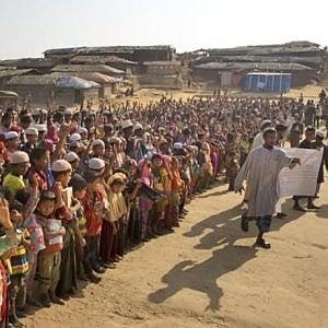 """Bangladesh, alle Nazioni Unite: """"Non riusciamo più a reggere il peso dei rifugiati Rohingya"""""""