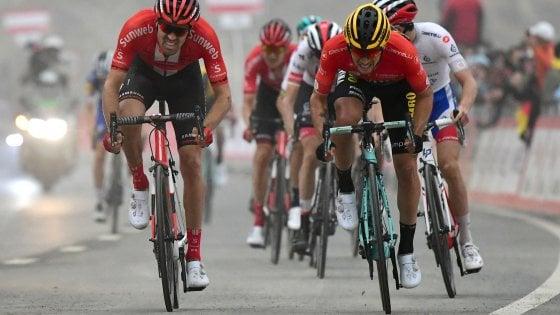 Ciclismo, UAE Tour: Roglic sempre più leader, sua la sesta tappa