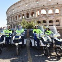 Lettere e acquisti online arrivano sui tricicli elettrici: svolta green alle Poste