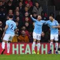 Premier League: Manchester City in vetta aspettando il Liverpool. United quarto, pari Tottenham-Arsenal