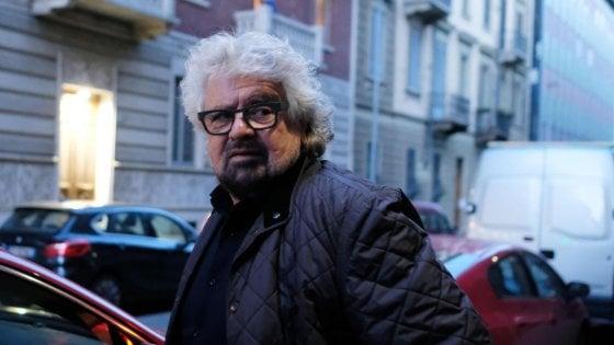 """Grillo attacca la manifestazione di Milano: """"Razzismo falso problema"""". Sala risponde: """"Chi scende in piazza va rispettato"""""""